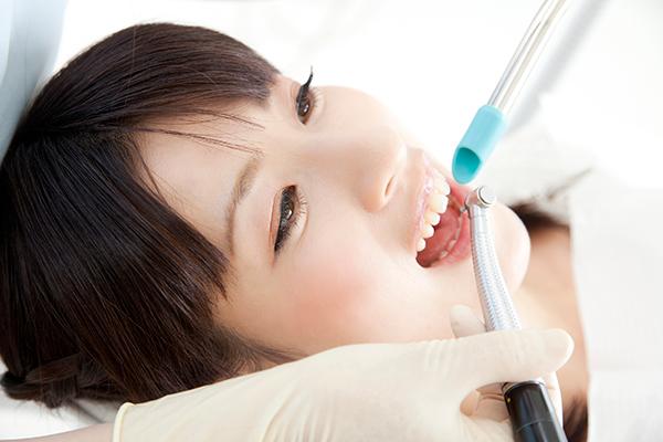 白くて美しい歯を手に入れることができます